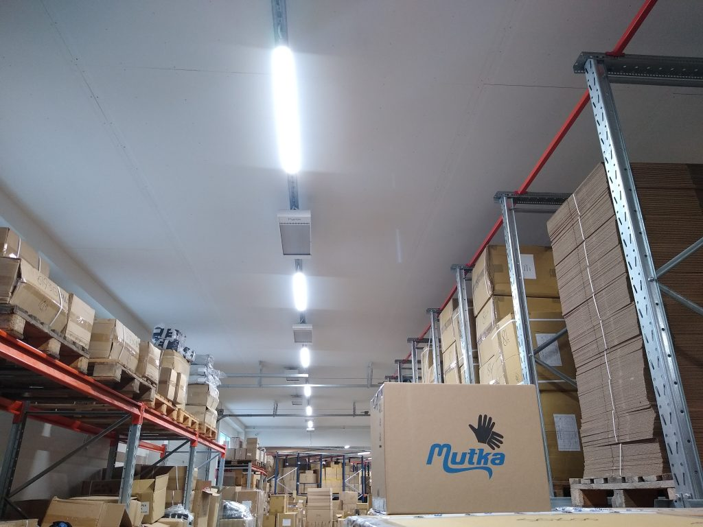 Varaston valaistus ja valaistuksen ohjaus uusittiin Juhani Mutka Oy:llä